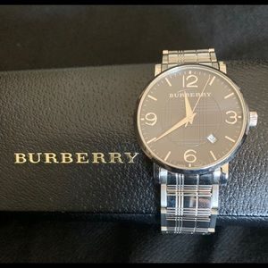 Burberry Unisex Swiss Quartz Bracelet Watch